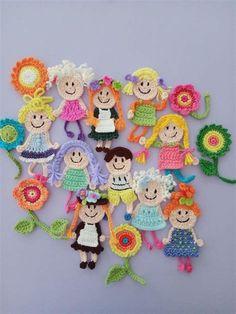 Crochet Bib, Crochet Shell Stitch, Freeform Crochet, Tapestry Crochet, Crochet Home, Love Crochet, Crochet Motif, Crochet Dolls, Crochet Flowers