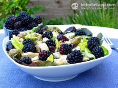 Grilled Chicken & Blackberry Salad(low-carb, paleo), recipe suitable for the 30-Day Clean Eating Challenge!