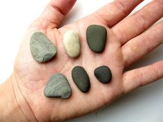 Great blog: how to drill holes in stones for creative projects!