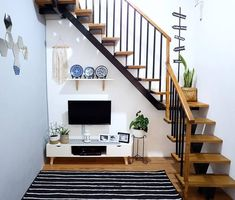 Small Stairs Tiny Homes Staircases 49 Ideas Small Cottage House Plans, Home, House Rooms, Tiny House Stairs, Small House Design, Home Room Design, Home Stairs Design, House Designs Exterior, Home Design Plans