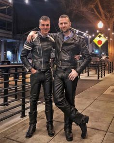 All about shiny, sexy black leather and rubber Mens Leather Pants, Biker Leather, Black Leather, Leather Jackets, Motorcycle Suit, Denim Fashion, Gorgeous Men, Cute Guys, Black Boots