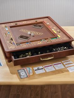Rediscover your youth with our collection of vintage toys and games! Shop collectible classic Fisher Price toys, antique dolls, musical instruments and classic board games are sure to delight not just the young. Board Game Storage, Board Game Table, Wooden Board Games, Wood Games, Table Games, Diy Board Game, Homemade Board Games, Objet Deco Design, Monopole