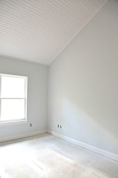 indoor paint colors Where to start when choosing whole home paint color scheme including our best tips for choosing exterior and interior paint colors. Indoor Paint Colors, Ceiling Paint Colors, Light Grey Paint Colors, Interior Wall Colors, Blue Gray Paint, Light Blue Walls, Colored Ceiling, Paint Colors For Home, Paint Colours