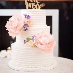 Pretty wedding cake to inspire #weddingcake #fallwedding #autumnweddingcake