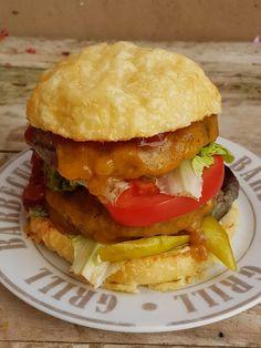 Gruss aus der Hexenküche: Triple Cheeseburger