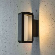 47€ | Linear Juno LED outdoor wall lamp | Lights.ie