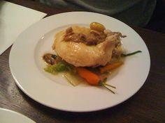 Le Baratin - bistrot gastronomique - 3, rue Jouy Rouve - Paris 20  Poularde au bouillon et légumes de saison