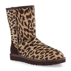 UGG Australia Classic Short Exotic Cheetah Womens Boot Holiday (7) UGG,http://www.amazon.com/dp/B007QYUYNG/ref=cm_sw_r_pi_dp_SVPVrb0AMRRBWGTV