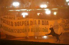 Nueva manifestación en Plaza Italia en apoyo a Chiloé termina con incidentes