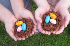 Easter Treat Idea ~ Chocolate Egg Nests!