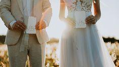 Elopement Wedding leve e encantador em Santa Catarina – Débora Elope Wedding, Wedding Dresses, Fashion, Santa Catarina, Marriage Invitation Card, Visual Identity, Stationery Shop, Couple, Bride Dresses