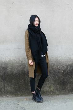 20 Street Style Trends to Try this Winter - Say YesSay Yes Street Style Trends, Looks Street Style, Looks Style, Style Me, Dr. Martens, Botas Dr Martens, Winter Looks, Winter Style, Fall Winter Outfits