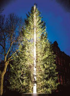 The Connaught Christmas Tree designed by Antony Gormley | Mayfair, London