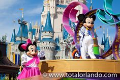Mickey & Minnie Mouse at the Parade http://www.totalorlando.com