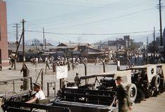 In front of Daegu Station during the Korean War 한국전 6.25 동란 당시의 대구역 Korean Traditional, Korean War, North Korea, Daegu, Jeeps, Vintage Photos, Survival, Army, Politics