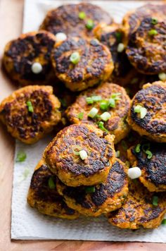 Canned Salmon Cakes Recipe with a short list of ingredients like affordable canned salmon, oatmeal instead of flour and cooked sweet potatoes. Easy healthy salmon patties/cakes without breadcrumbs.