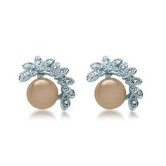 Pearl Cedars of Wreath Stud Earrings - PAIRIE
