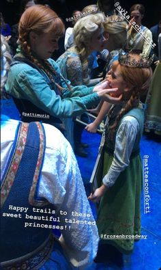 Frozen On Broadway, Frozen Musical, Musical Film, Musical Theatre, Broadway Costumes, Disney Costumes, Cool Costumes, Costume Ideas, Live Action Movie