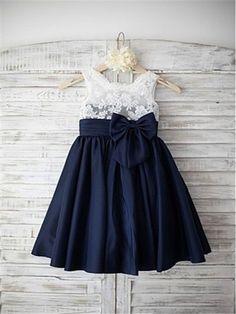 Wedding bridesmaids blue navy flower girl dresses ideas for 2019 Cheap Flower Girl Dresses, Little Girl Dresses, Nice Dresses, Flower Girls, Girls Dresses Online, The Dress, Dress Lace, Chiffon Dress, Ladies Dress Design