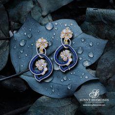 Classy diamond earring designed like a flower.