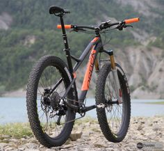 "Orbea Loki: fits 29"" or 27.5""+, long trail geometry with short stem. Yes please!"