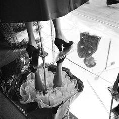 Look Back at Vivian Maier's Mysterious Secret Photographs Chicago, 1954 Photo: Vivian Maier; from the Book Vivian Maier: A Photographer Found published by Harper Design