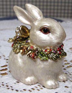 Fitz and Floyd Snowy Woods Bunny Rabbit Trinket Box NIB