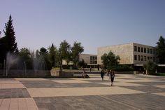 Universidade Hebraica de Jerusalém é classificada entre as 50 melhores do Mundo pelo ranking mundial da Wikipedia. Novo método de classificação se junta a outros para consolidar a liderança da Universidade Hebraica, em Israel e em todo o mundo. O Wikipedia Ranking of World Universities, novo ranking das universidades mais influentes do mundo, classificou a…