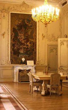 Intimate dining - Elegant
