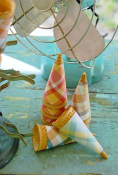 gingham ice cream cones!!
