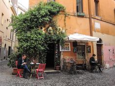 A handmade cottage: A romance with Rome, Italy