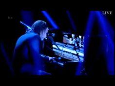 Thom Yorke - Ingénue (live at Jonathan Ross Show)