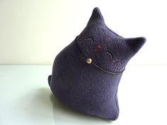 Cute purple kitty.