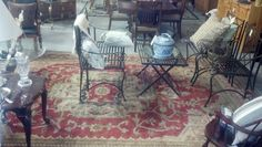 excellent rugs in and outdoor furniture too