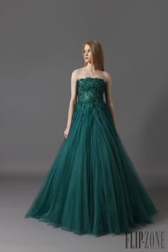 Arabic Celebrity Long Evening Dresses Inspired by Antonios Couture Brides Ball Prom Gowns for 2016 Masquerade Colored Hunter Green Maxi Wear