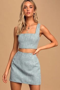 We can't get the Lulus Main Idea Light Blue Tweed Square Neck Cropped Tank Top off our minds! Blue and white tweed top with a square neck and cropped bodice. Two Piece Dress Casual, Two Piece Outfit, Two Piece Skirt Set, 2 Piece Outfits, Two Piece Sets, Crop Top Outfits, Skirt Outfits, Cute Outfits, Top Y Pollera