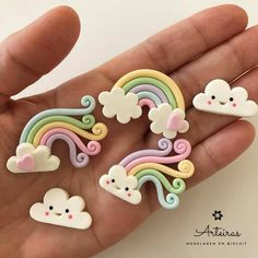 Polymer Clay Projects, Diy Clay, Clay Crafts, Fondant Cake Toppers, Fondant Figures, Polymer Clay Kawaii, Polymer Clay Charms, Unicorne Cake, Baby Birthday Cakes