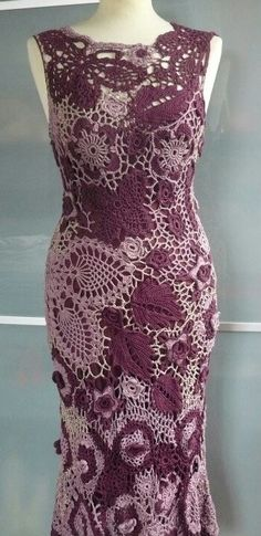 I wasn't sure how to categorize this -- Craft, Art, Fashion. Very visceral response to this gorgeous dress. Love the scale of the pattern, Ramona créatrice de la maille. Moda Crochet, Crochet Motifs, Freeform Crochet, Crochet Art, Crochet Woman, Irish Crochet, Crochet Crafts, Crochet Stitches, Crochet Patterns