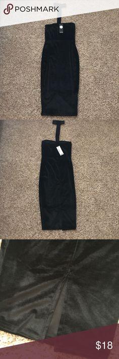 NWT-Boohoo velvet dress Black velvet dress Boohoo Dresses Midi