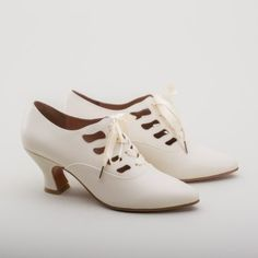 "American Duchess : PRE-ORDER ""Theda"" Edwardian Shoes (Ivory)(1900-1925)"