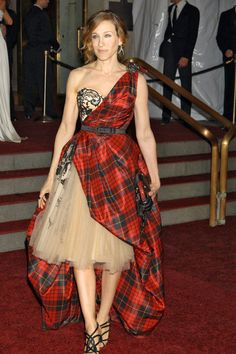 "Sarah Jessica Parker Style @ the ""AngloMania"" Costume Institue Gala at the Met.  Alexander McQueen"