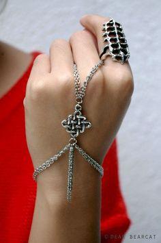 slave bracelet in boho bohemian hippie gypsy style. For more followwww.pinterest.com/ninayayand stay positively #pinspired #pinspire @ninayay