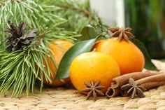 Three Simple Holiday Aromatherapy Diffuser Blends - Aromatherapy Notes