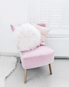 Pink chair don't care