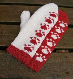 Mittens Pattern, Sweater Knitting Patterns, Knit Mittens, Knitted Gloves, Knitting Stitches, Knitting Socks, Free Knitting, Yarn Projects, Knitting Projects