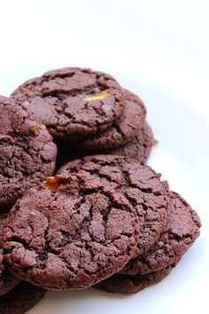 All the yum! Chocolate Biscuit Recipe, Chocolate Biscuits, Crunchie Recipes, New Cake, Cookie Recipes, Fat, Slim, Cookies, Baking