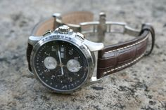 Hamilton X-Wind : 44mm, 22mm lug. Love what Hamilton's doing with chronos with contrasting dials.