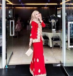 Smile of Love Hijaber Sweety - Malaysian Hijjabi Hijab Fashion, Fashion Outfits, Hijab Outfit, Kebaya, Hijabs, Dress Up, Sari, Clothes For Women, Stylish