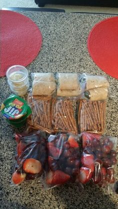 Healthy snacks on the go ✈