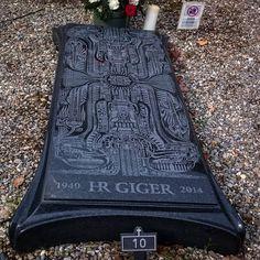 H.R.GIGER Tomb #gruyeres #switzerland